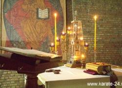 Первая литургия в храме